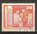 Sellos de Europa - Alemania -  Monumento en conmemoración de los Trabajadores en Halle-Saale,Berlín.DDR
