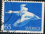 Stamps Europe - Sweden -  EL MARAVILLOSO VIAJE DE NILS HOLGERSSON CON LAS OCAS SALVAJES, DE SELMA LARGELOF. DENT. A 3 LADOS. Y