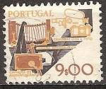 Sellos del Mundo : Europa : Portugal : Cámaras de cine antiguas y modernas y las cámaras de fotos (a).