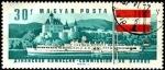 Sellos de Europa - Hungría -  Barco a ruedas Ferenk Deak y castillo Schonbuchel  en Austria.