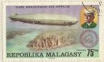 Sellos del Mundo : Africa : Madagascar : 75 EME ANNIVERSAIRE DES ZEPPELIN
