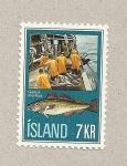 Sellos de Europa - Islandia -  Pescadores