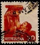 Sellos de Asia - India -  Mujer amamantando
