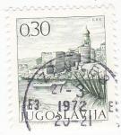 Sellos de Europa - Yugoslavia -  Ciudad amurallada