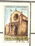 Sellos de Africa - Mozambique -  IGLESIA