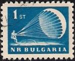 Sellos de Europa - Bulgaria -  Paracaidista