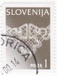 Sellos de Europa - Eslovenia -  Macramé