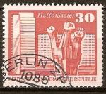 Sellos del Mundo : Europa : Alemania : Monumento en conmemoración de los Trabajadores en Halle-Saale,Berlín-DDR.