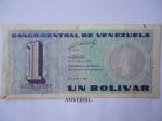 monedas de America - Venezuela -  Rep´Bolivarian de V/zuela- Un Bolívar-El Número y Bolívar el Libertador (Anverso)