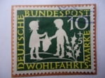 Sellos de Europa - Alemania -  Escena:El dinero Eestrella-Historias de los Hermanos Grimmm -