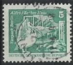 Stamps Germany -  DDR SCOTT_2071 PELICANO. ZOO DE BERLIN