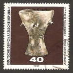 Stamps of the world : Germany :  1249 - Descubrimiento arqueologico en el Museo de Prehistoria de Halle Saale, tambor de arcilla