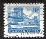 Stamps of the world : Hungary :  Nave en el Puente de las Cadenas , Budapest