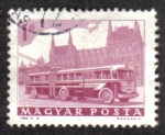 Stamps : Europe : Hungary :  Bus y el Parlamento