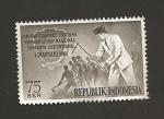 Stamps Indonesia -  Presidente Sukarno con azada