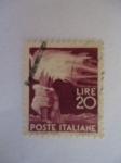Sellos de Europa - Italia -  Antorcha Olímpica