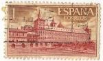 Sellos de Europa - España -  1384.-Real Monasterio de San Lorenzo de el Escorial. Fachada y Jardin de los Monjes.
