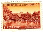Stamps of the world : El Salvador :   BALNEAREO ATECOZO VOLCAN DE IZALCO EL  FARO DEL PACIFICO