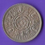 monedas de Europa - Reino Unido -  GRATIA REGINA ELIZABETH II REINO UNIDO 1962 (FRONTAL)
