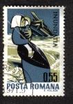 Stamps Romania -  Madre con el niño y la casa destruida