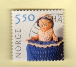 Stamps : Europe : Norway :  Scott 1306.  Muñeca.