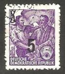 Sellos de Europa - Alemania -  176 - Patrón y trabajador