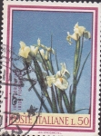 Stamps Italy -  flores