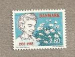 Stamps Denmark -  Anciana con flores