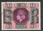 Sellos de Europa - Reino Unido -  831 - 25 anivº de la subida al trono de Elizabeth II