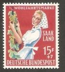 Sellos de Europa - Alemania -  Saar - 425 - Vendimiadora