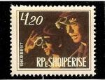 Stamps : Europe : Albania :  Trabajadores fundicion de acero.