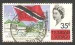 Sellos de America - Trinidad y Tobago -  209 - Elizabeth II, avión y bandera