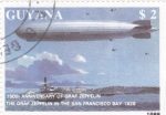 Stamps Guyana -  Zeppelin sobrevolando San Francisco