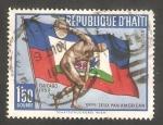 Sellos de America - Haití -  175 - III Juegos panamericanos, en Chicago, discóbolo y bandera de Haiti