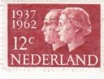 Sellos de Europa - Holanda -  25 aniversario boda real 1937-1962