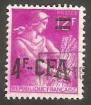 Sellos de Europa - Francia -  Reunión - 333 - Segadora