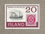 Stamps Europe - Iceland -  Barco y sello conmemorativo