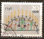 Sellos de Europa - Alemania -  Candelabros de los Montes Metálicos. Sostenedor de vela de 1796 (DDR).
