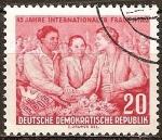 Sellos de Europa - Alemania -  45 años del Día Internacional de la Mujer (DDR).
