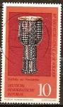 Sellos del Mundo : Europa : Alemania :  Los instrumentos musicales de los pueblos.Darbuka del norte de África(DDR).