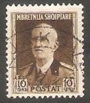 Sellos de Europa - Albania -  261 - Victor Manuel III