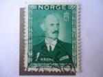 Sellos de Europa - Noruega -  King Haakon VII - S/n 275.