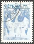Sellos de Asia - Vietnam -  Pelecanus onocrotalus-pelícano