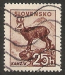 Stamps : Europe : Slovakia :  Cabra montesa