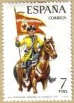 Sellos de Europa - España -  UNIFORMES - Portaguion Dragones de Numancia 1737
