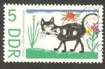 Sellos de Europa - Alemania -  977 - Día internacional del niño, gato
