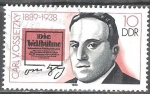 Sellos de Europa - Alemania -  Personalidades- Carl von Ossietzky 1889-1938(escritor y premio Nobel)DDR.