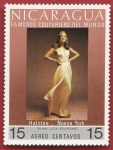 Stamps Nicaragua -  Famosos Couturiers del mundo