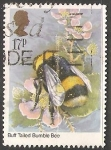 Sellos de Europa - Reino Unido -  buff tailed bumblebee