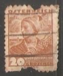 Sellos de Europa - Austria -  Woman from Upper Austria - Mujeres  de Alta Austria